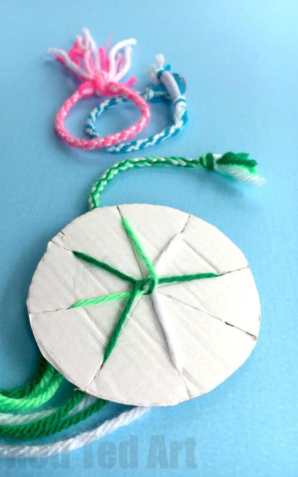 Yarn Friendshop bracelet DIY loom